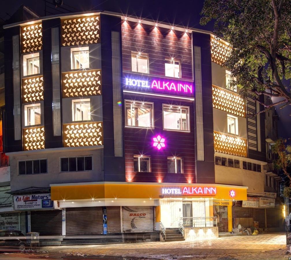 Отель Отель Hotel Alka Inn