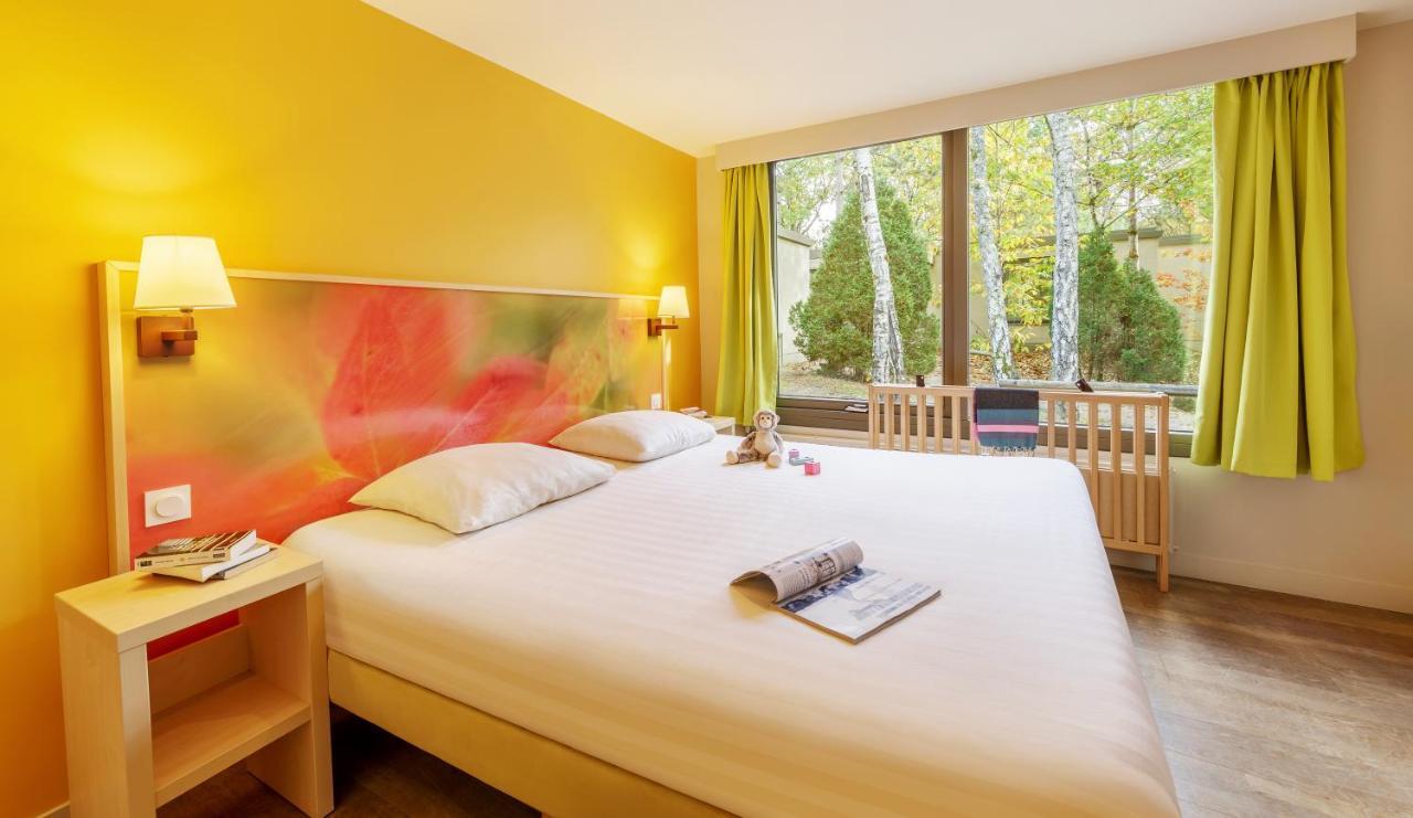 Resort Village Center Parcs Les Hauts De Bruyeres Chaumont Sur