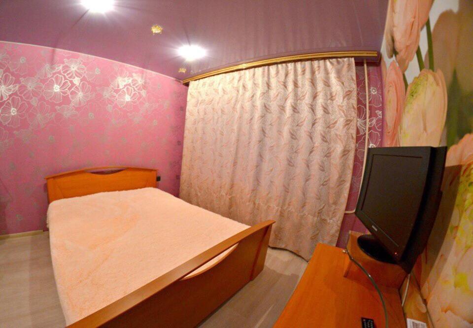 Фото  Апартаменты  Vip Hotel - Kemerovo Sportivnaya 38