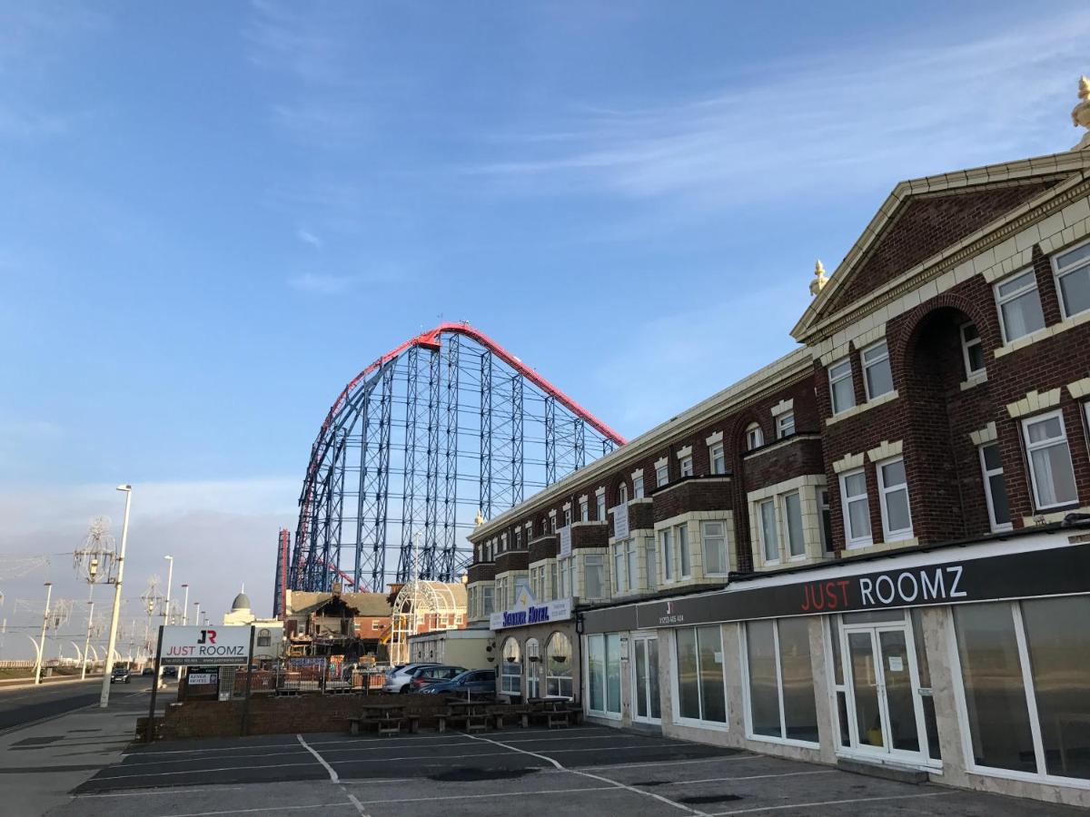 Hotel Just Roomz By The Beach Blackpool Uk Bookingcom
