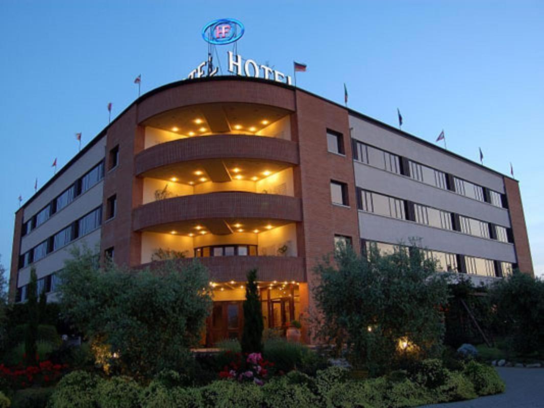 Forum Materassi.Hotel Forum Foiano Della Chiana Italy Booking Com