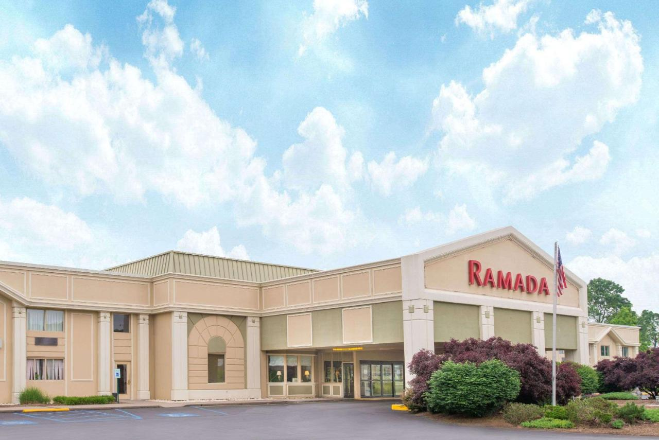 Отель Отель Ramada By Wyndham Whitehall/Allentown