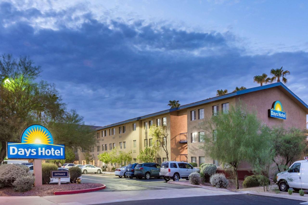 Отель  Days Hotel By Wyndham Mesa Near Phoenix