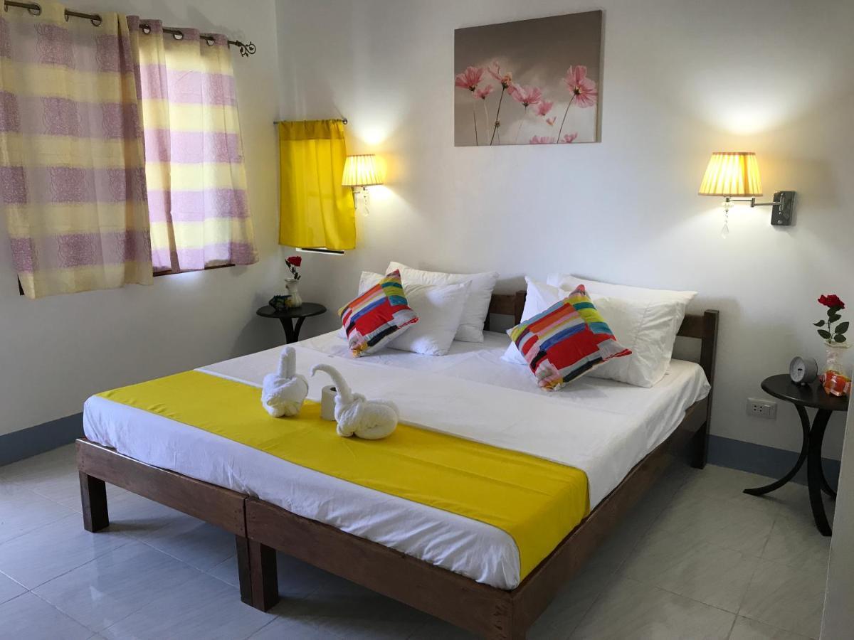 Курортный отель  Neptune Diving Resort Moalboal