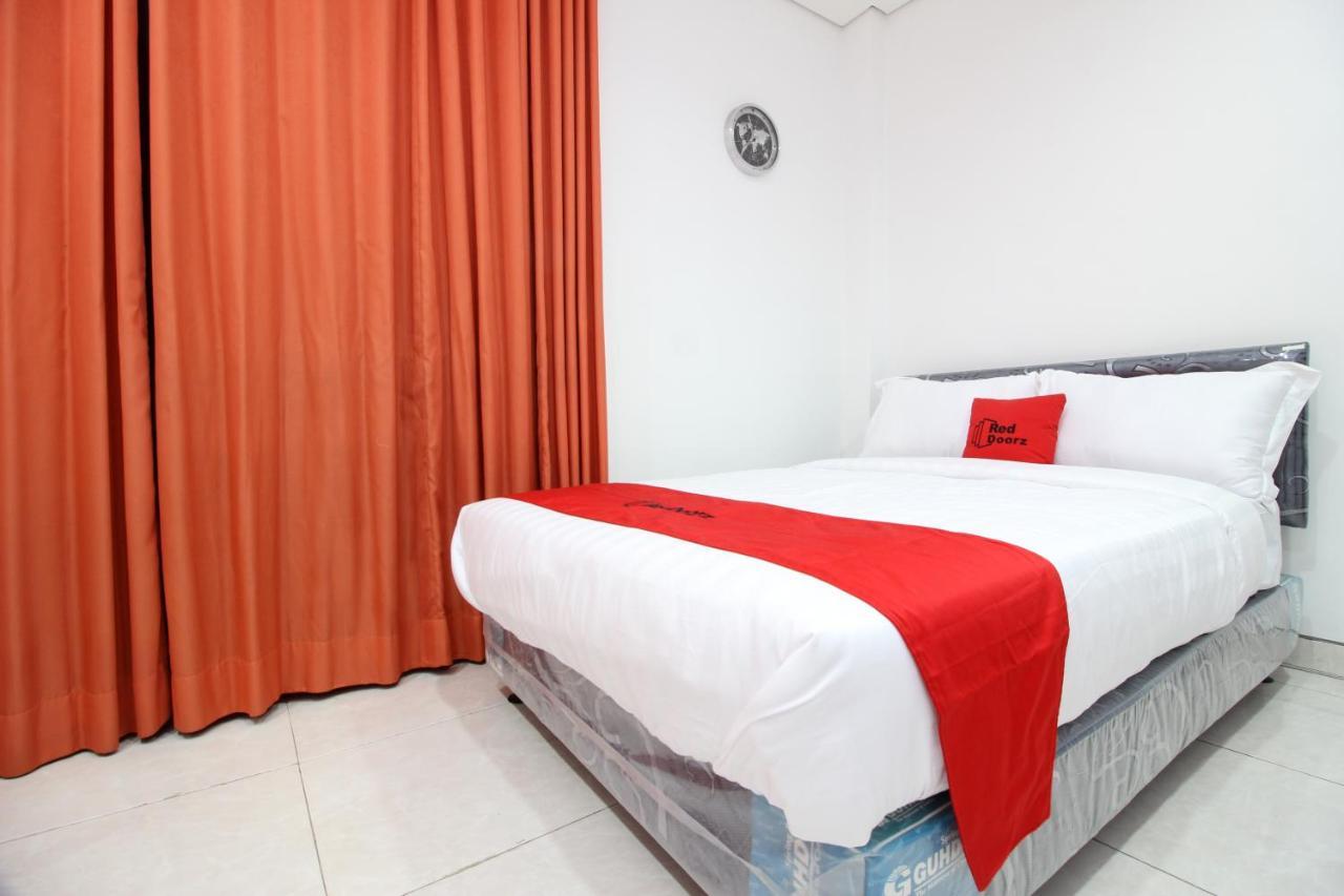 Гостевой дом  RedDoorz Plus @ Affandi Gejayan  - отзывы Booking