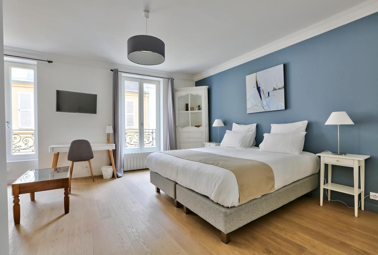 Bed And Breakfast Le Clos De Lolivier Paris France