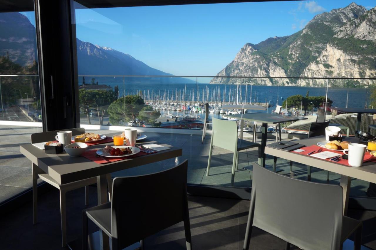 Фото Hotel Riviera