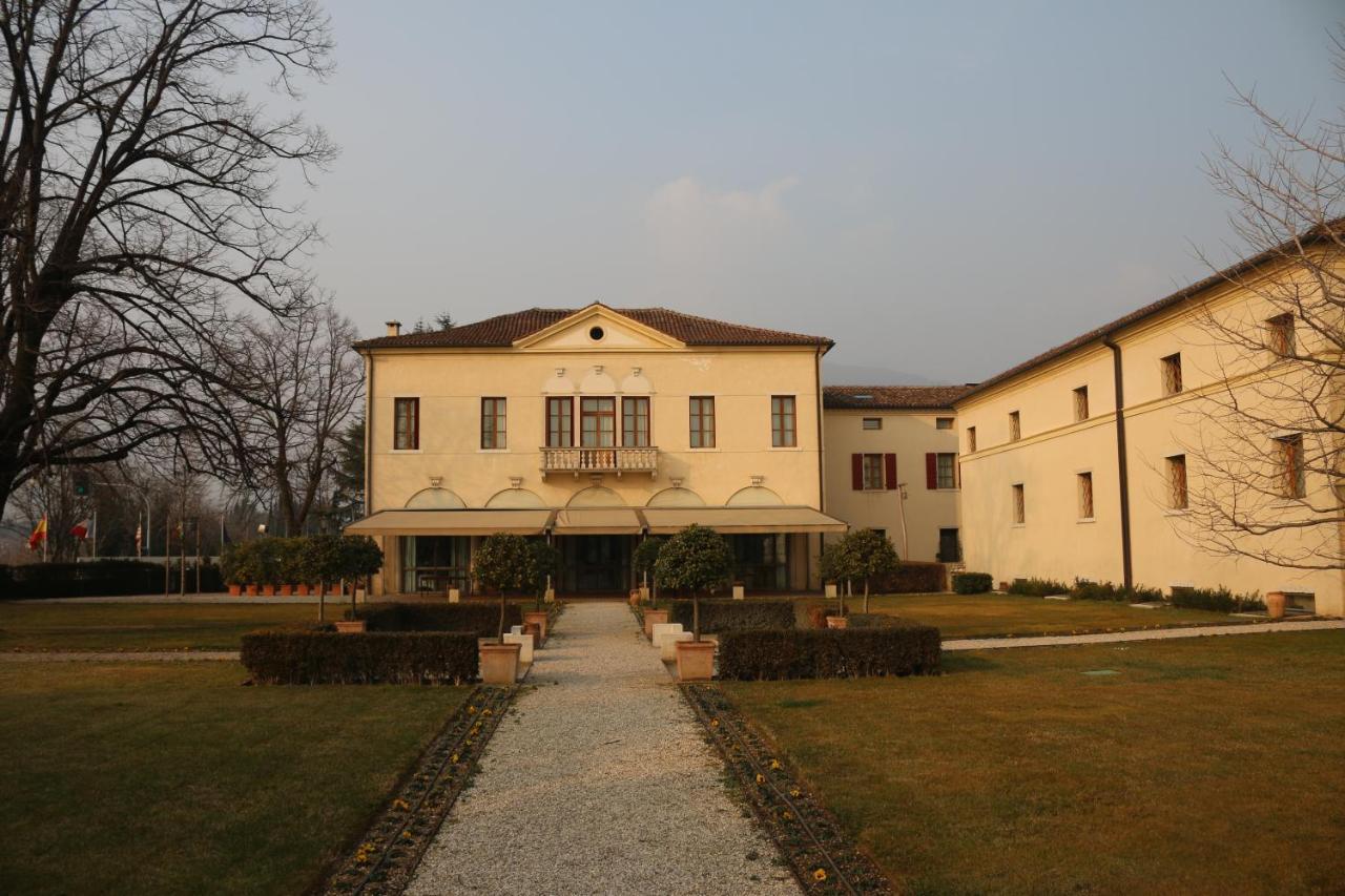 Hotel Villa Ca Sette Bassano Del Grappa Italy Booking Com
