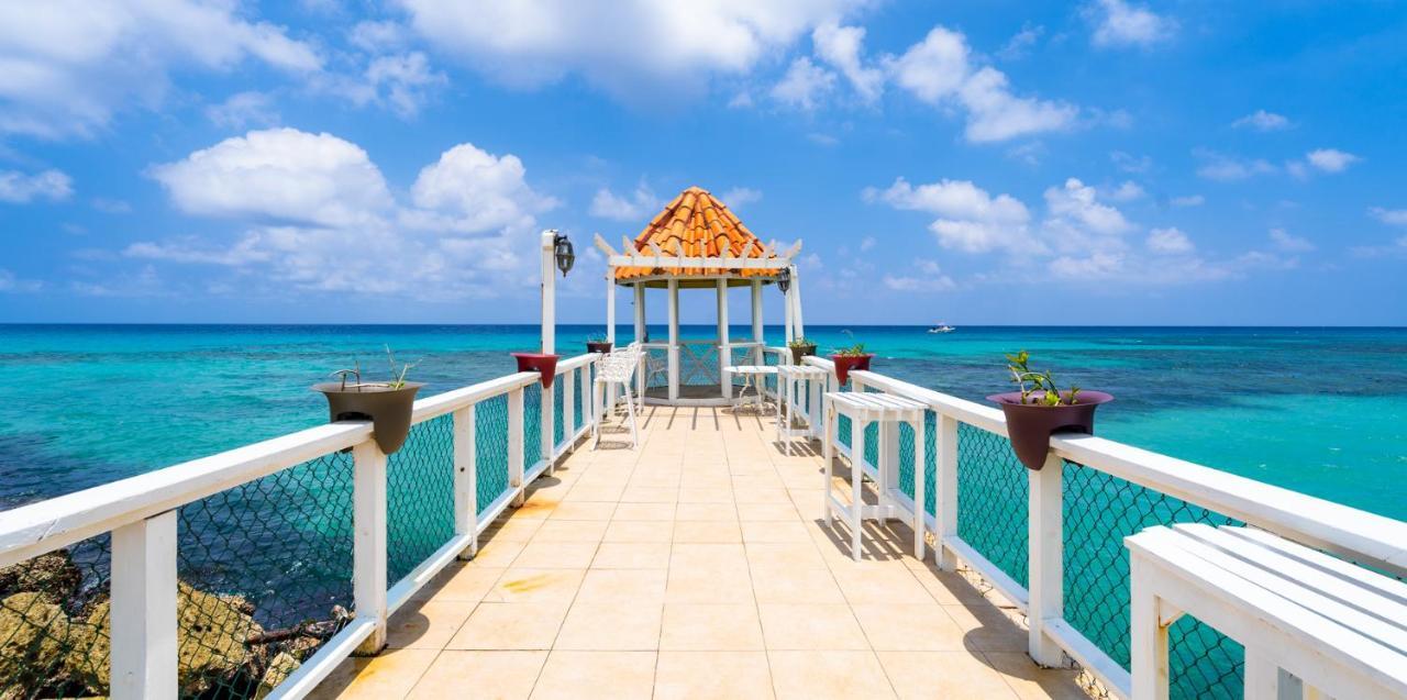 Franklyn D Resort & Spa Jamaica, Runaway Bay, Jamaica - Booking.com