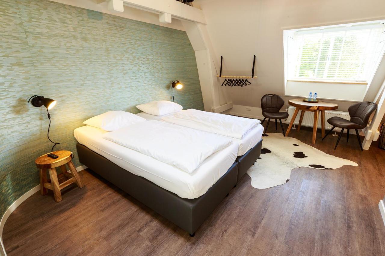 Отель типа «постель и завтрак» Отель типа «постель и завтрак» B&B Landgoed De Grote Beek
