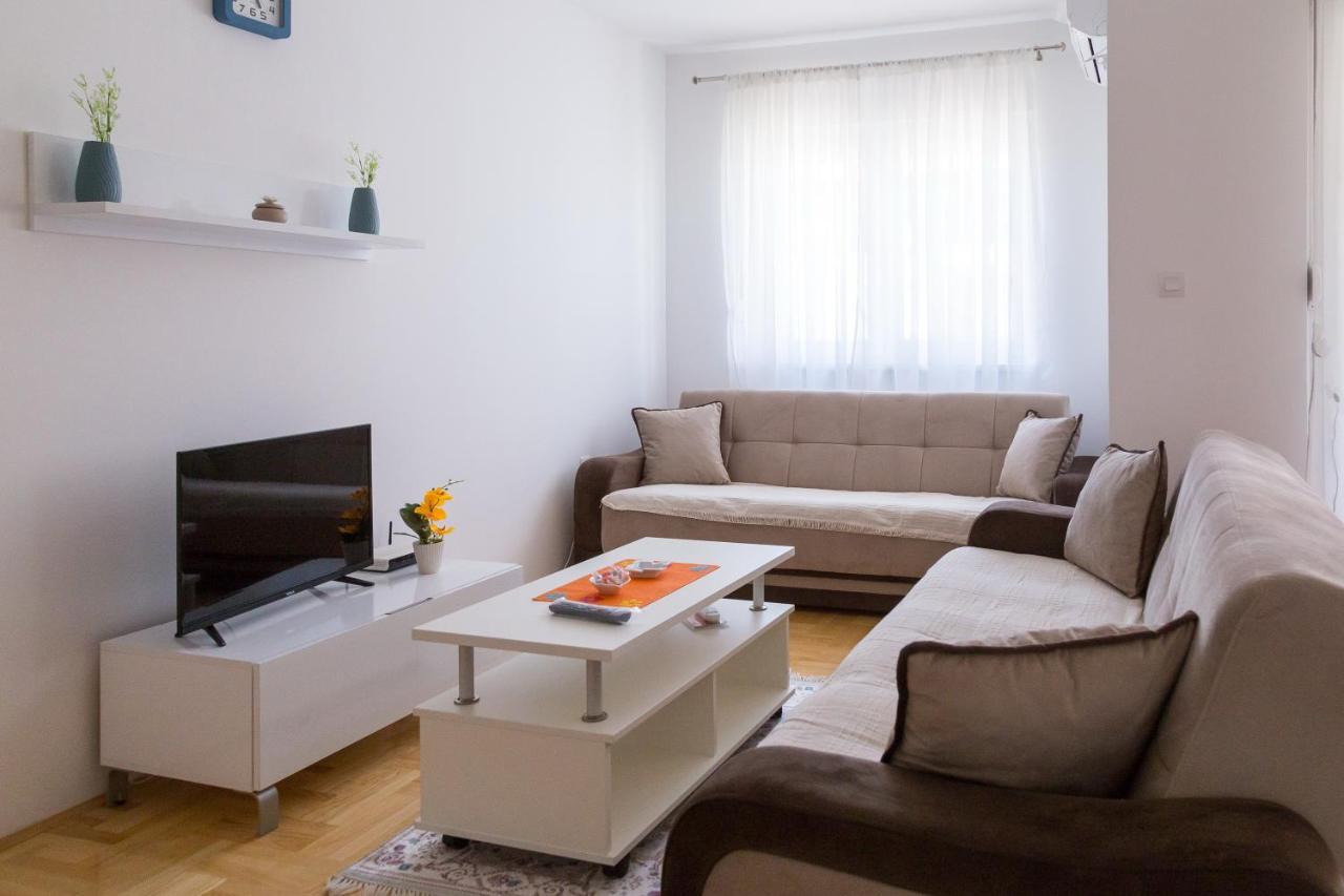 Апартаменты/квартира  Apartman Centar
