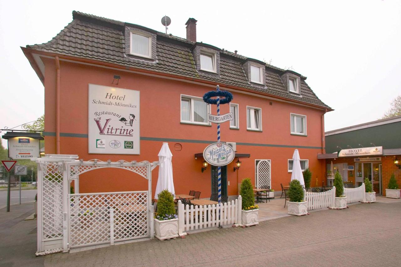 Hotel Schmidt Monnikes Bochum Germany Booking Com