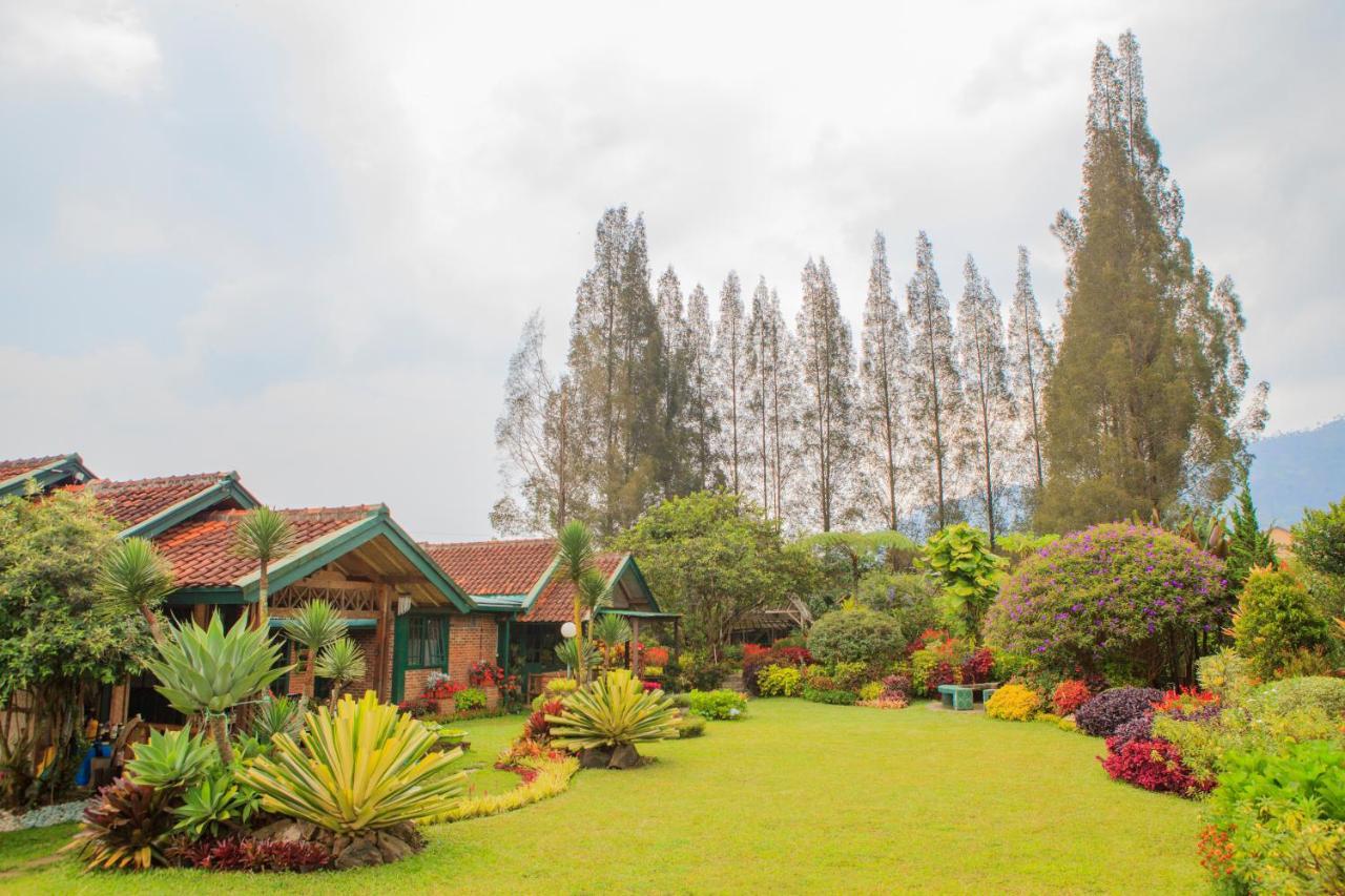 Вилла  Wulan Garden Villas