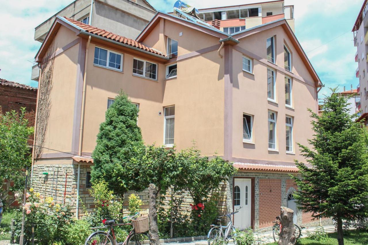 Гостевой дом  Vila Topciu