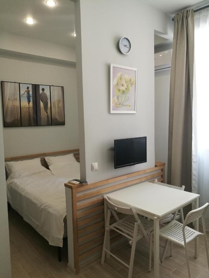 Фото  Апартаменты/квартира  Studio Apartment On Krymskaya 77v