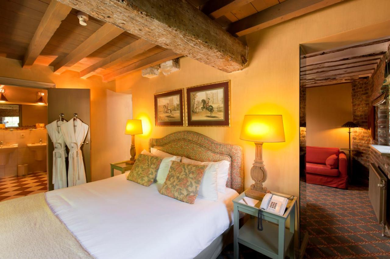 Een bed of bedden in een kamer bij Château St. Gerlach