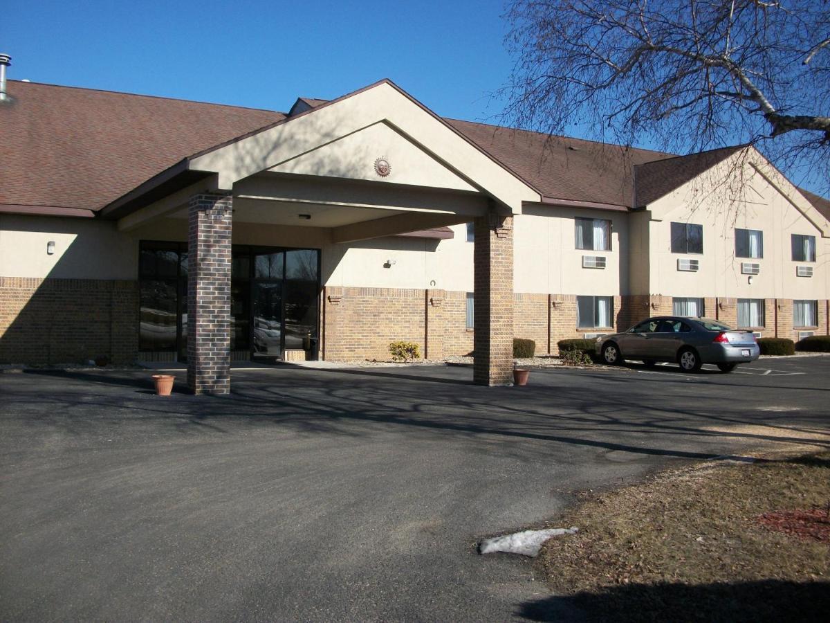 Отель Lodi Valley Suites