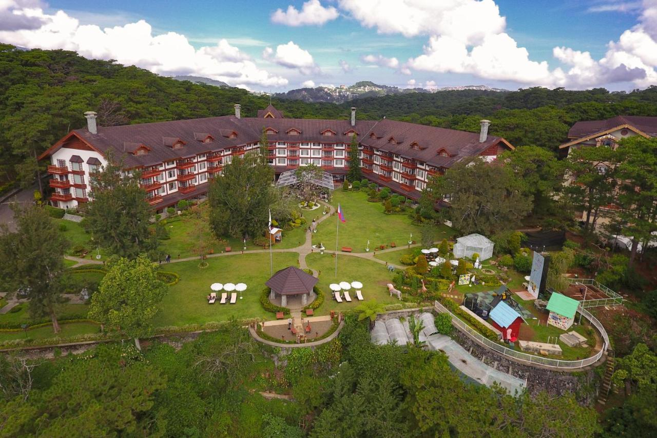 Hotels in Baguio: Manor at Camp John Hay