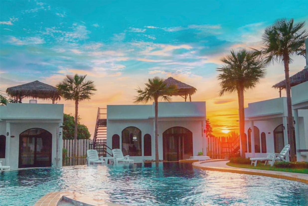 Курортный отель  Chalaroste Lanta The Private Resort