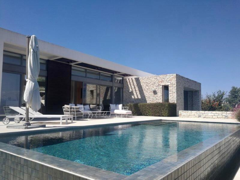 Вилла  Luxury Morden Elegance Villa