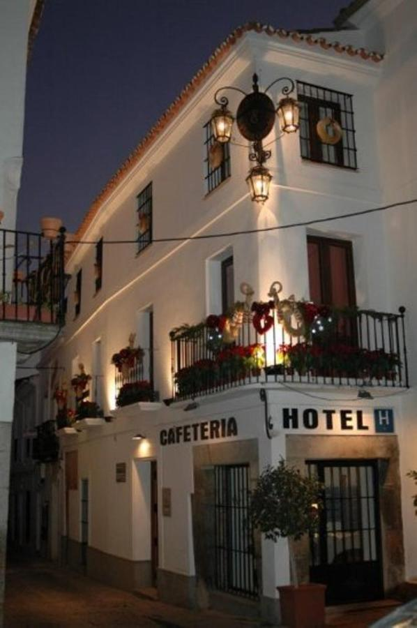 Фото Hotel Plaza Grande