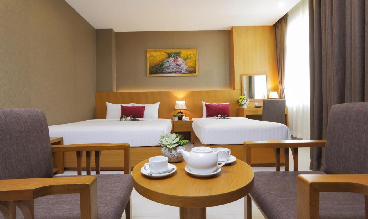Отель  Golda Hotel