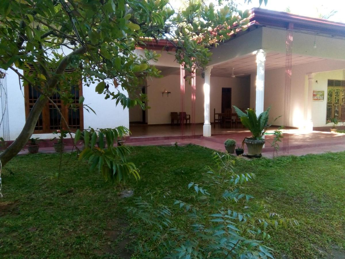 Гостевой дом  Siyapath Holiday Resort