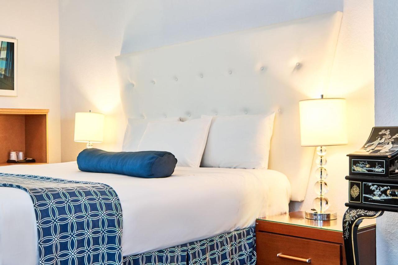 Ocean Spray Hotel Miami Beach Fl