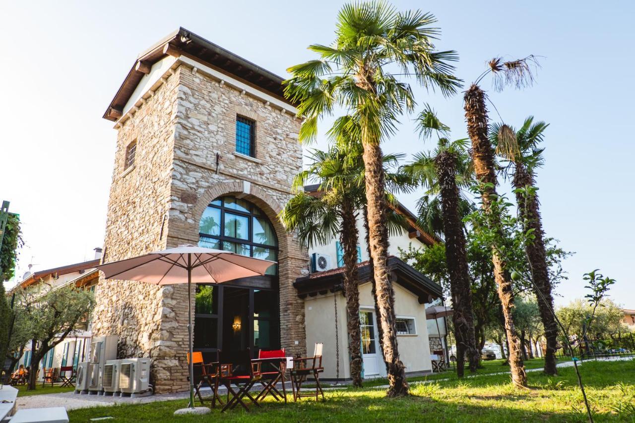 Via Durighello Desenzano Del Garda villa colli storici, desenzano del garda, italy - booking