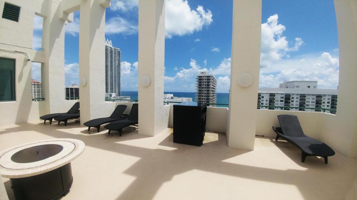 Дом для отпуска  Casablanca West Tower - Miami Beach