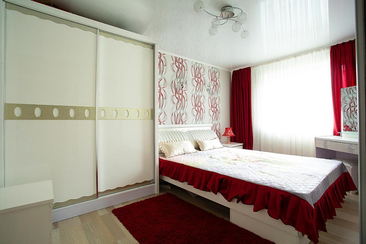 Фото  Апартаменты  Apartment On Musorgskogo