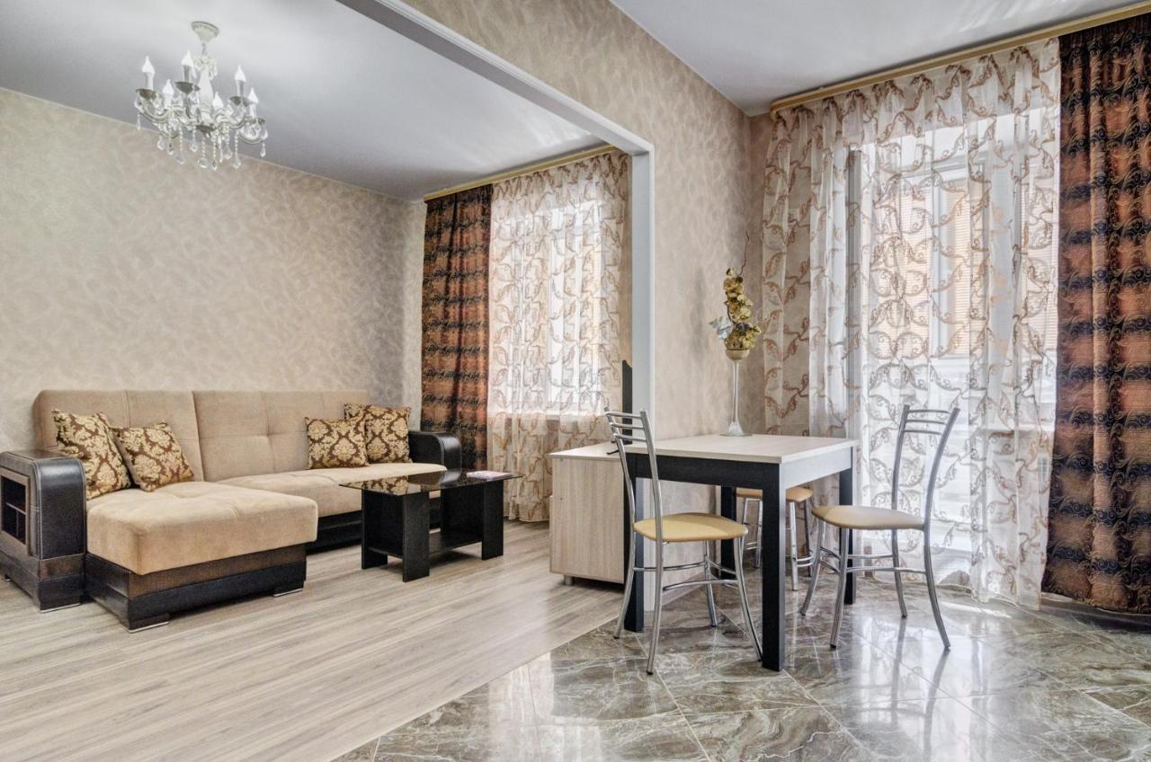 Фото  Апартаменты/квартира  Apartment On Suvorova 165