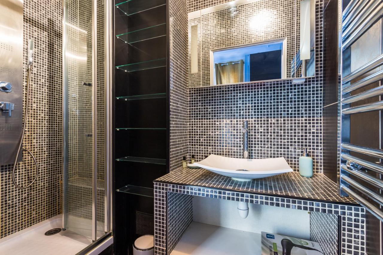 Decoration Porte Interieur Baguette apartment cmg auteuil/ mozart, paris, france - booking