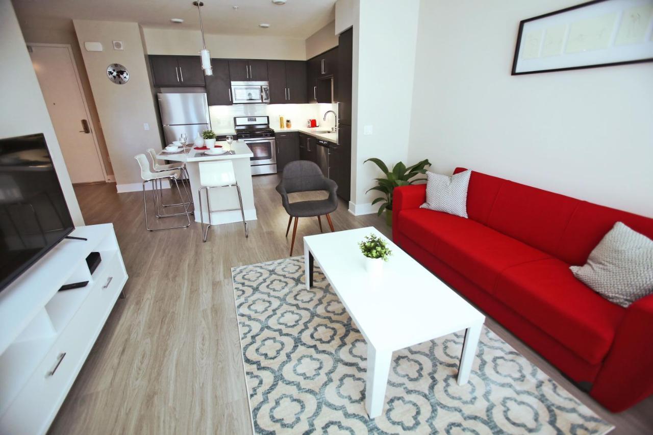Апарт-отель  DTLA Grand Suites