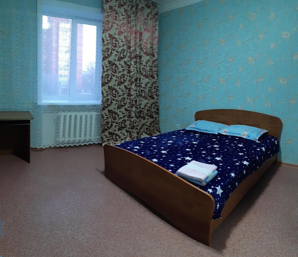 Фото  Апартаменты/квартира  Апартаменты 3-комнатные на пер. Пилотов 8