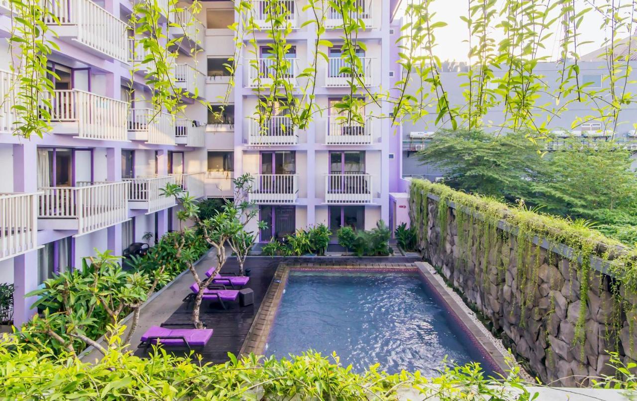 Отель  Instyle Hotel Kuta