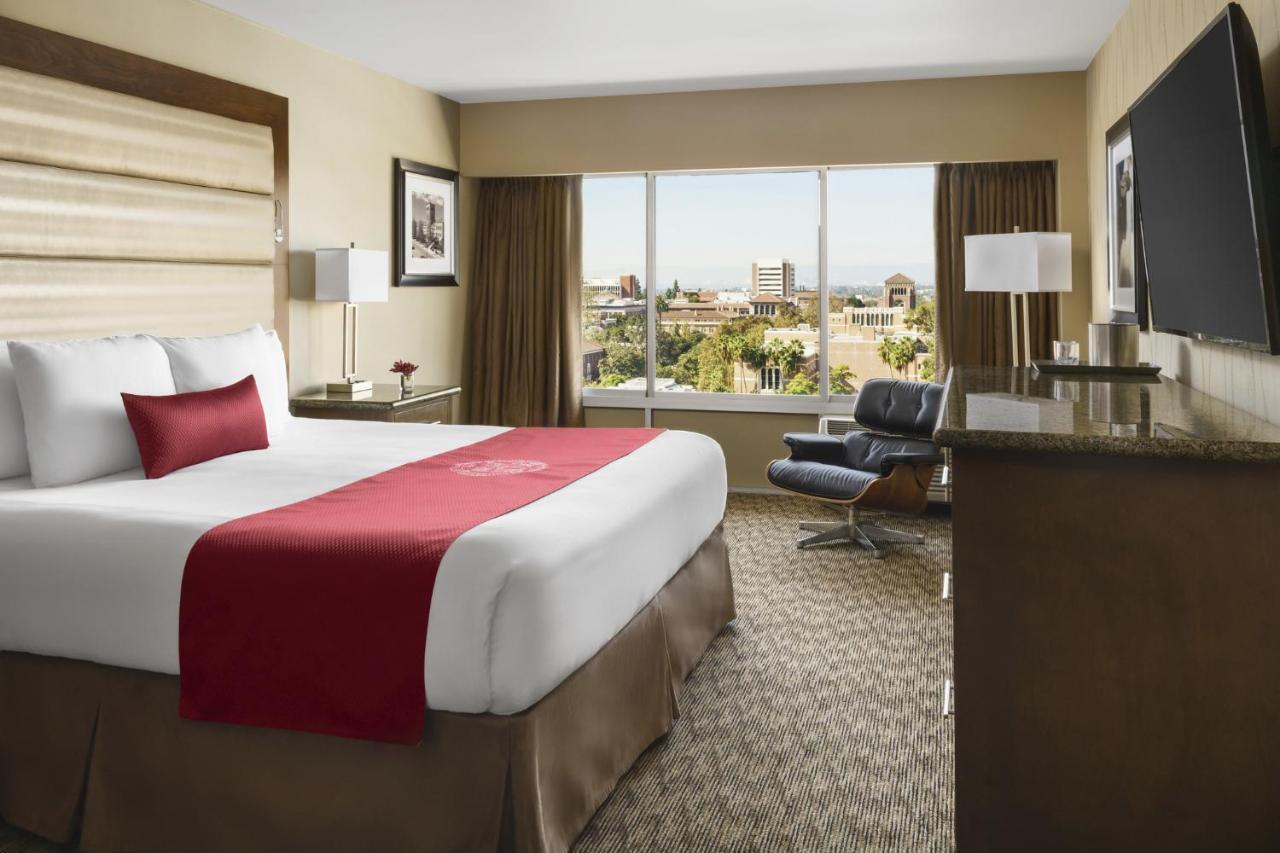 Отель  Отель  USC Hotel