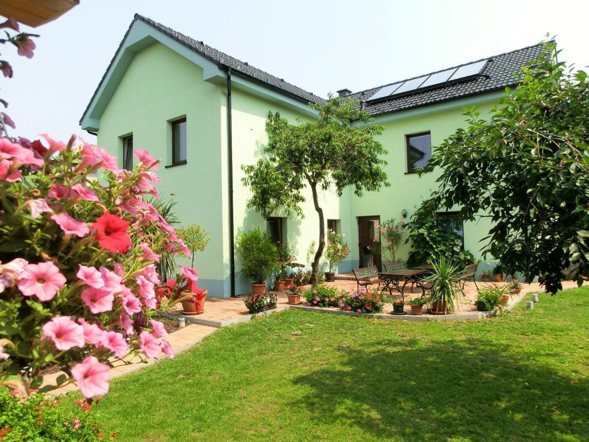 Гостевой дом  Vila Evička