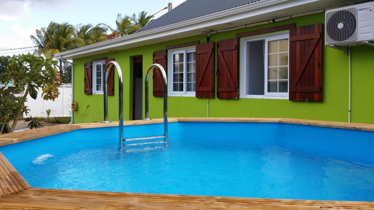 Plan Ou Photo Pool House Pour Piscine holiday home maison au calme avec piscine et jardin créole