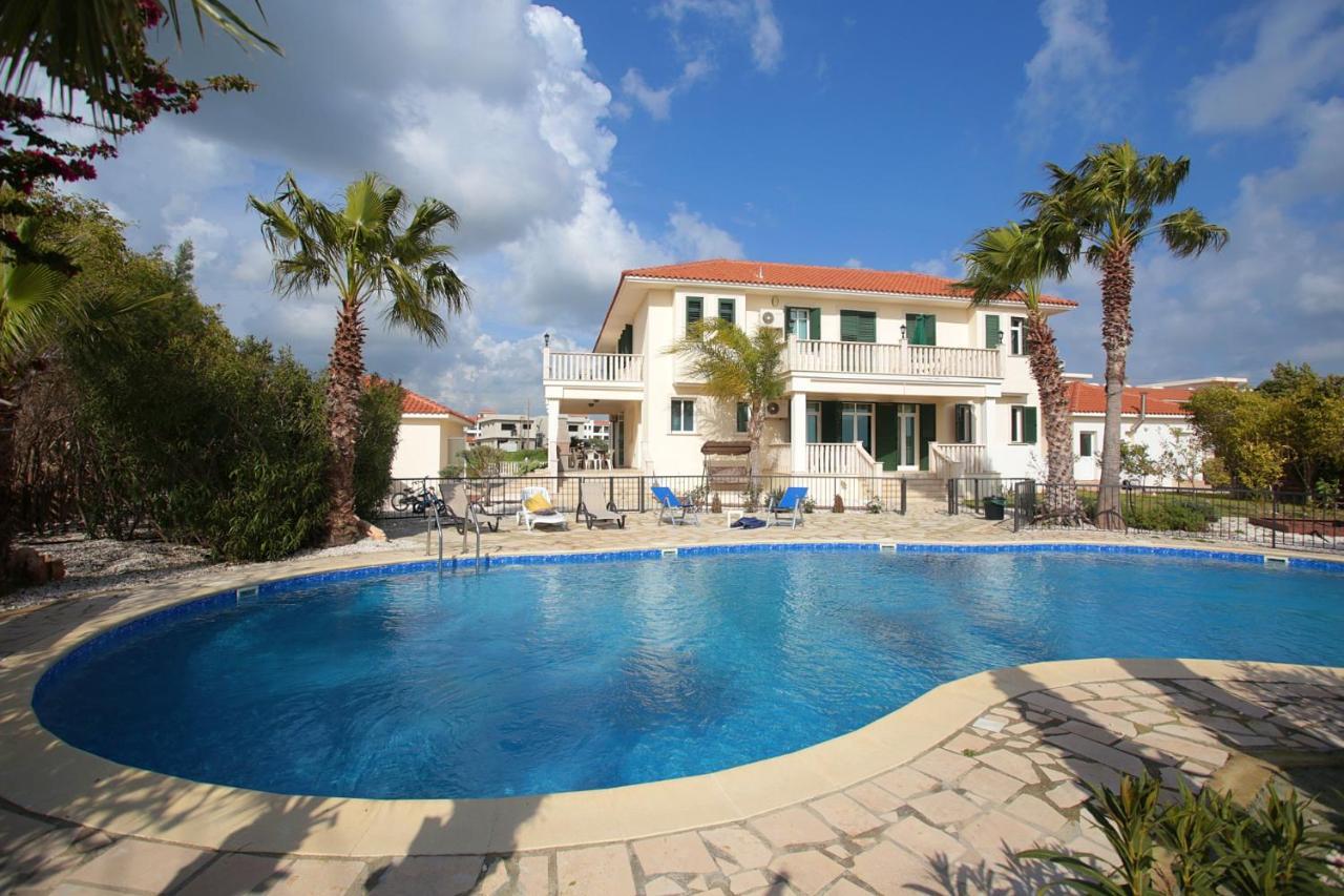 Вилла  Luxury Mansion Larnaca