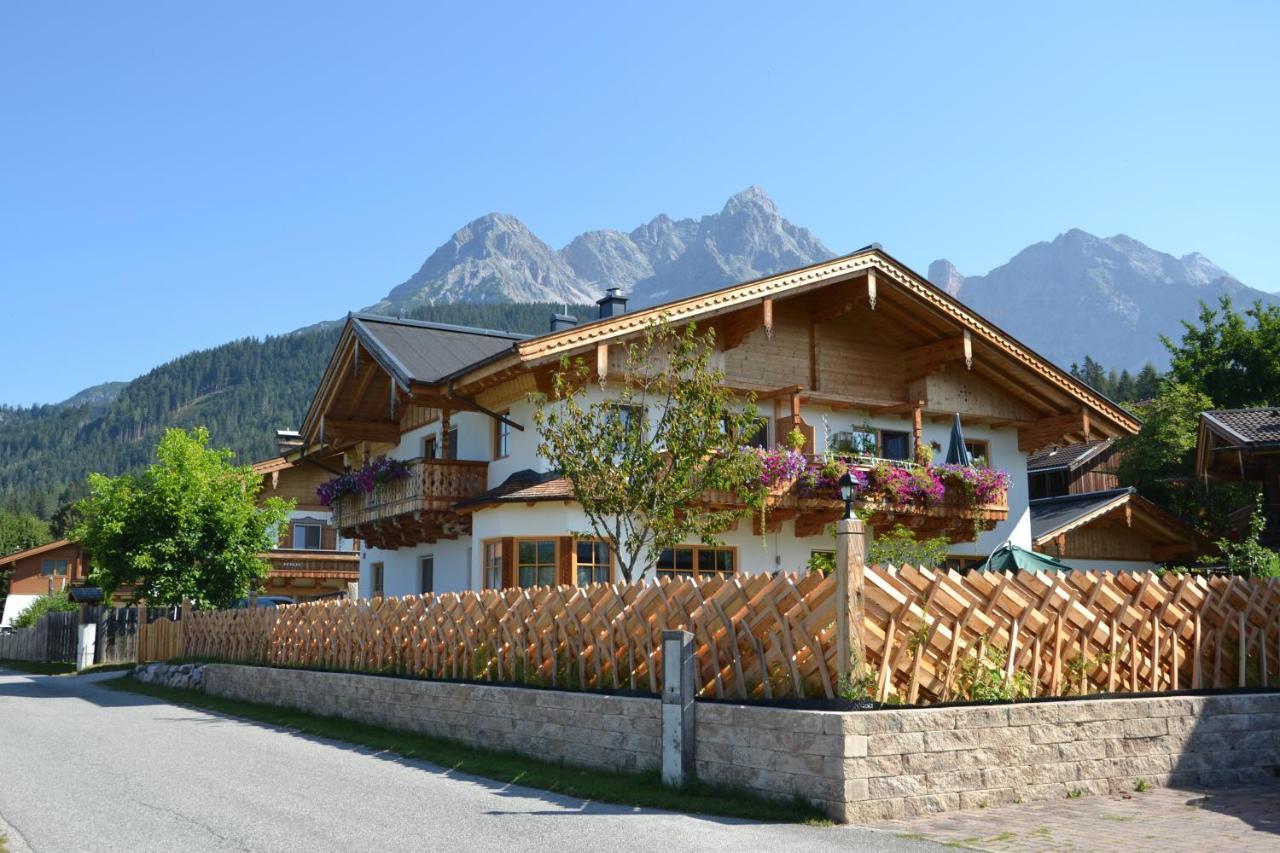 Dating Site Saalfelden Am Steinernen Meer, Bar Schwaz