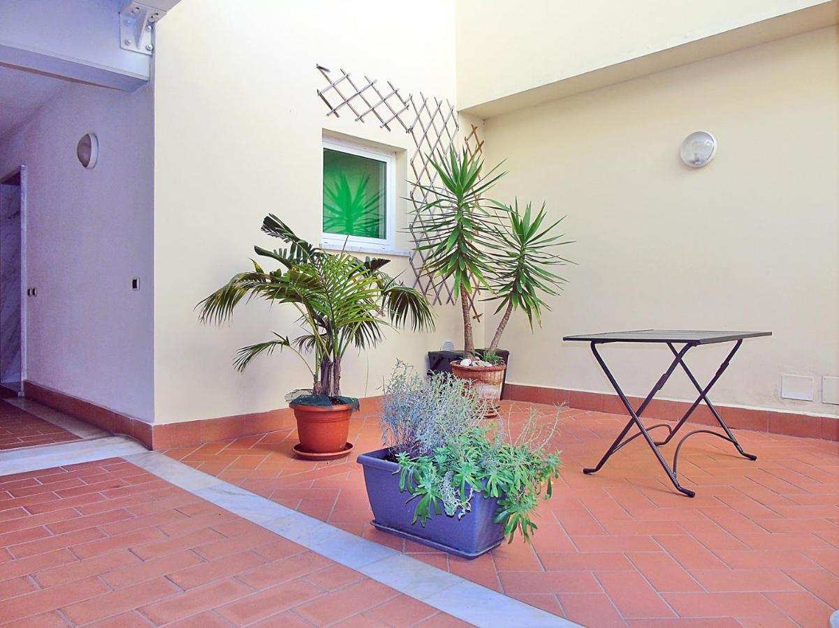 Apartment Belvedere Di Lerici Italy Booking Com