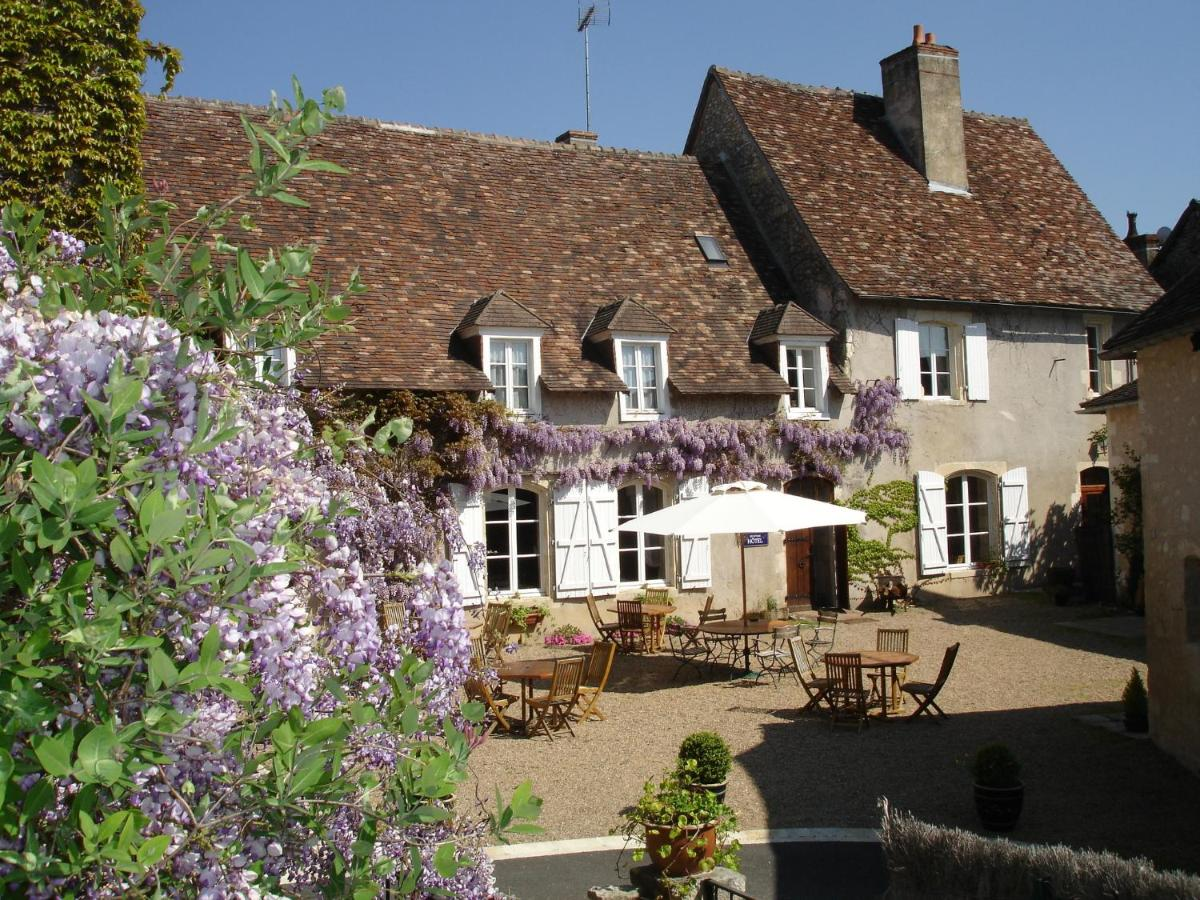 Hotels In Yzeures-sur-creuse Centre
