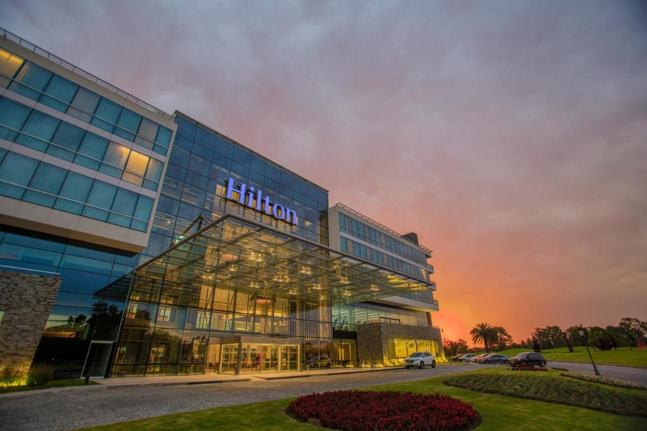 Отель  Hilton Pilar