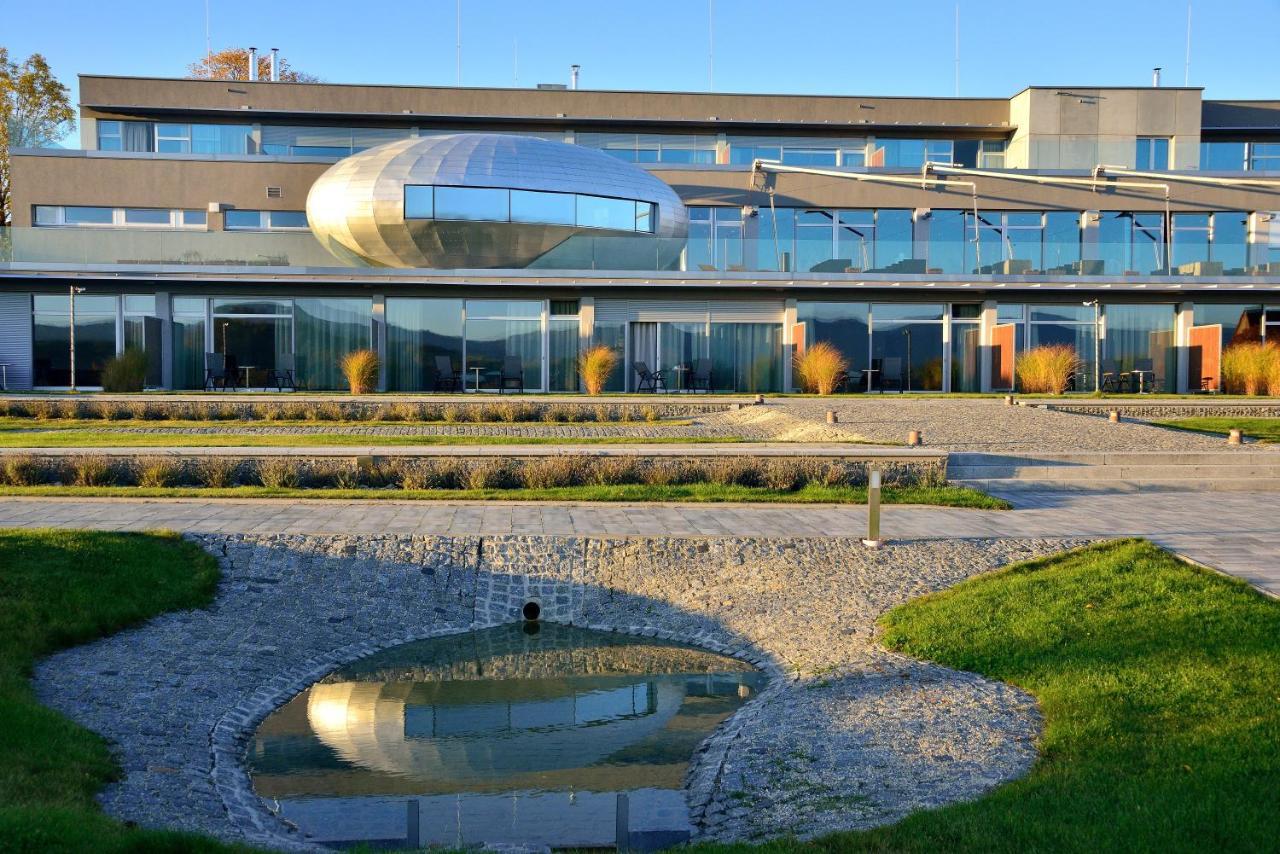 Antonie Hotel Frýdlant, Czech Republic - Booking.com