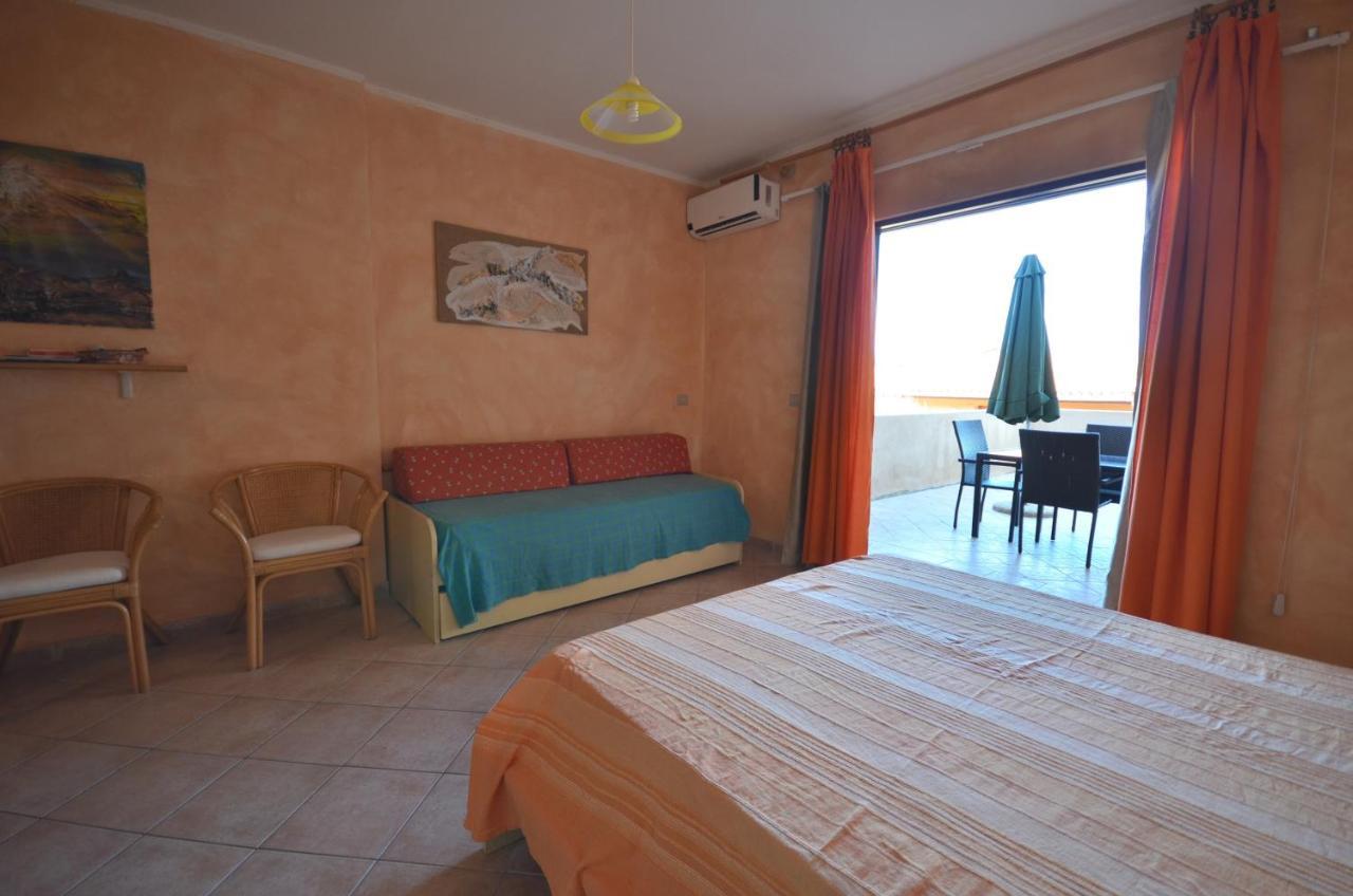 Table De Ping Pong Transformable apartment la perla del mare a14, castelsardo, italy