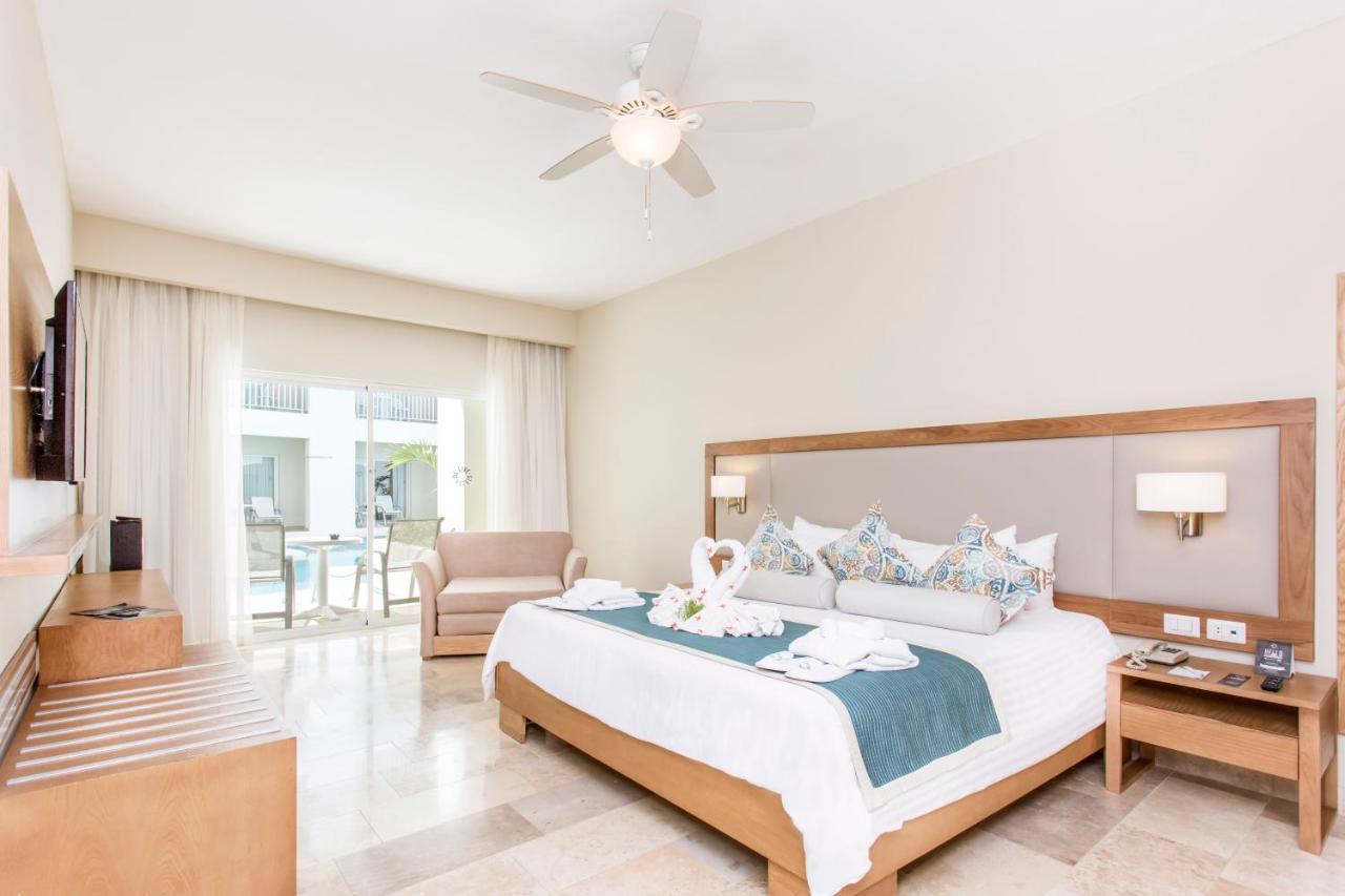 Кровать или кровати в номере Be Live Collection Punta Cana