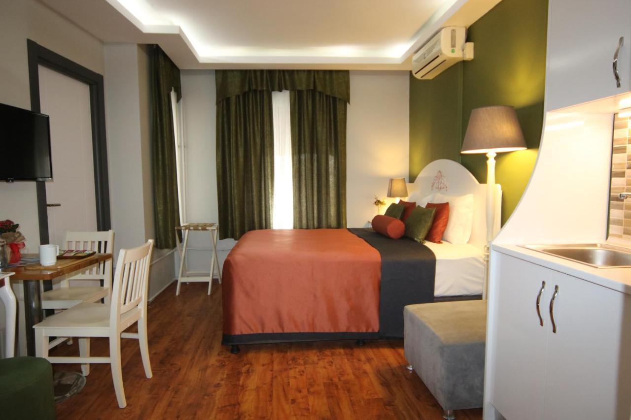 Фото  Отель  Away Hotel