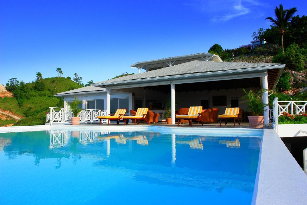 Вилла  Luxury Villa With Sea View