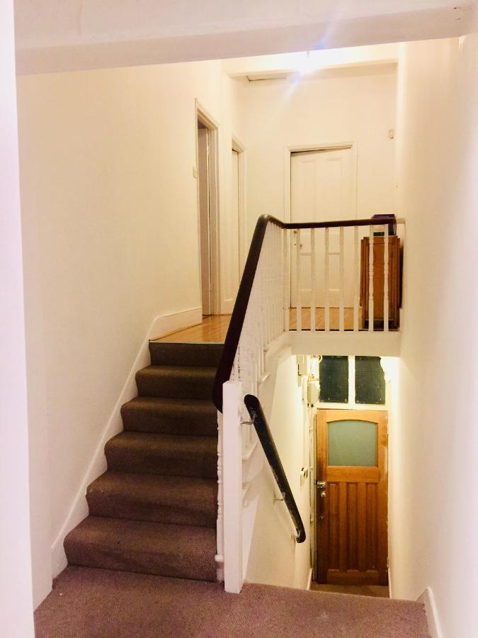 2 Bedroom Apartment Acton Heathrow London Uk Bookingcom
